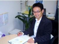 代表の鈴木さんの写真